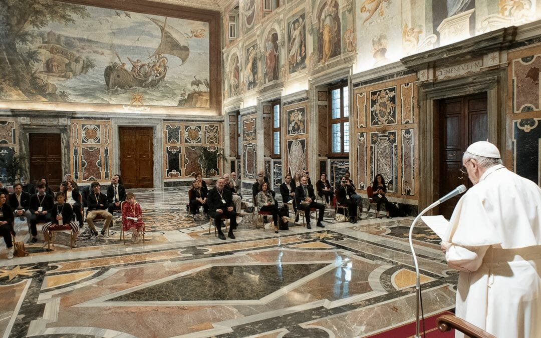 Child abuse erases childhood, says Pope in meeting with 'Meter Association'